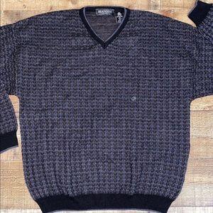 ⬇️ 3/$15 Vintage Brandini Men's Sweater
